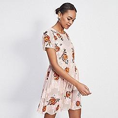 Miss Selfridge - Floral embellished fit and flare dress