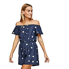 Miss Selfridge - Daisy embroidered playsuit