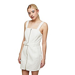Miss Selfridge - White zipped front pinnafore dress