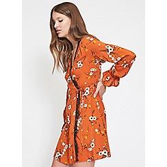 Miss Selfridge - Tan cinnamon floral wrap dress
