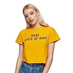 Miss Selfridge - Petite babe slogan t-shirt