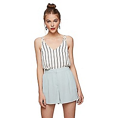 Miss Selfridge - Pale blue pleated shorts