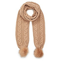 Miss Selfridge - Chunky knit scarf