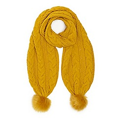 Miss Selfridge - Ochre chunky knit scarf