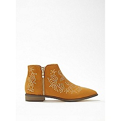Miss Selfridge - Bethany tan stud detail ankle boots