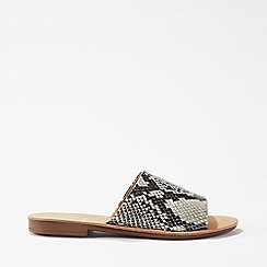 Miss Selfridge - Elise Grey Flat Mule Sandals