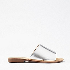 Miss Selfridge - Elise Silver Flat Mule Sandals