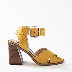 Miss Selfridge - Saffron buckle sandals