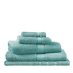 Sheridan - Pale green 'Luxury Egyptian' cotton towels