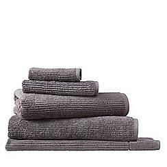 Sheridan - Dark grey 'Living Textures' towels