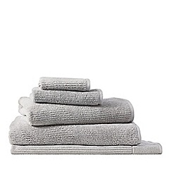 Sheridan - Light grey 'Living Textures' towels