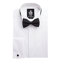Stvdio by Jeff Banks - Fly front wing collar shirt and bow tie set