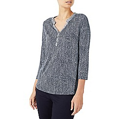Dash - Wing texture placket top