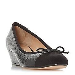 Roberto Vianni - Black 'Alita' mid wedge heel court shoes