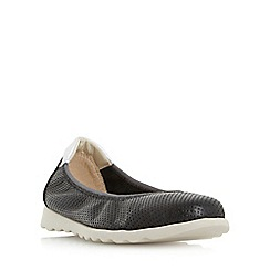 Roberto Vianni - Black 'Eaton' comfort perforated flat shoes
