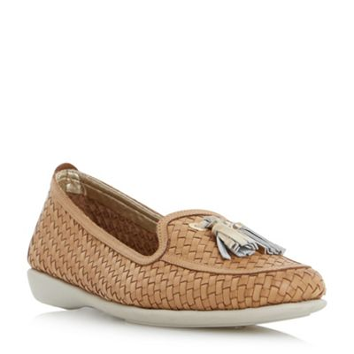 Roberto Vianni - Tan 'Greenwich' comfort tassel detail woven loafer shoes