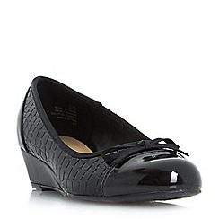 Roberto Vianni - Black 'Hazi' wedge heel court shoes