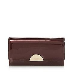 Dune - Dark red 'kaandelion' semi circle hardware purse