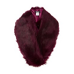 Dune - Dark red 'Lakeley' faux fur stole