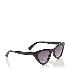 Dune - Black 'Gateaus' Cat Eye Sunglasses