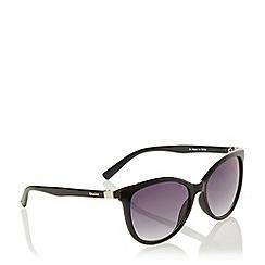 Dune - Black 'Gorna' Cat Wayfarer Frame Sunglasses