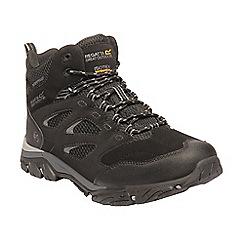 Regatta - Black 'Holcombe' walking boots