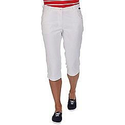 Regatta - White maakia capri trousers