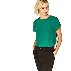 Oasis - Bright green petal sleeves t-shirt