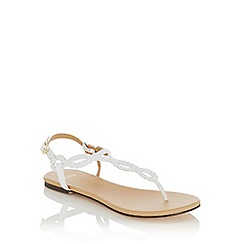 Oasis - White Tabby' twisted toe posts sandals