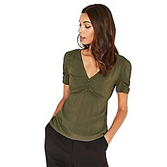 Oasis - Khaki ruched front frill tea top