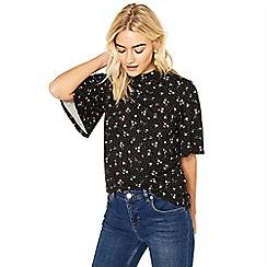 Oasis - Black multi floral ditsy angel sleeve top