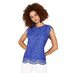 Oasis - Mid blue deco lace shell top