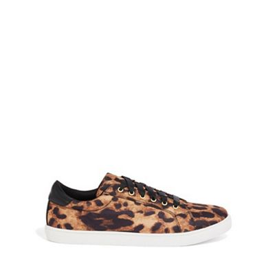Oasis - Leopard print trainers Fashionable and eye-catching shoes