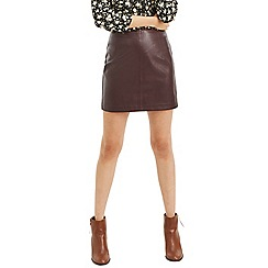 Oasis - Burgundy faux leather mini skirt