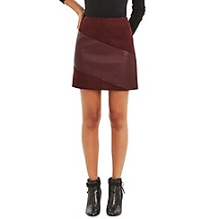 Oasis - Burgundy faux leather patched mini skirt