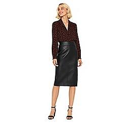 Oasis - Black faux leather pencil skirt