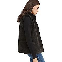 Oasis - Black faux fur gilet