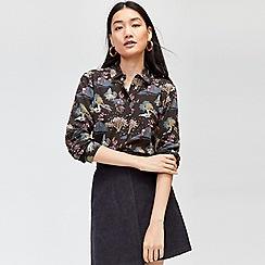 Warehouse - Landscape print shirt