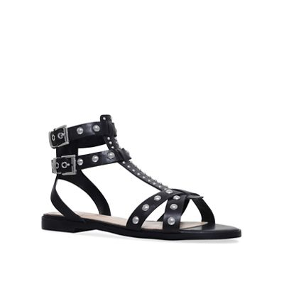 Vince Camuto - Black 'Taneli' flat sandals