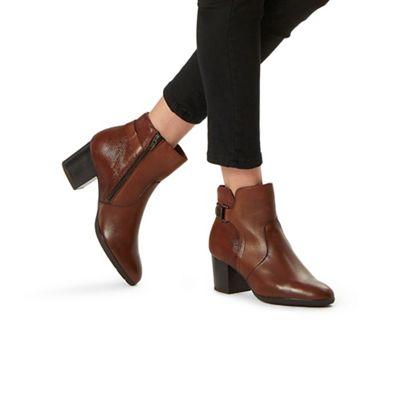 Carvela Comfort - Tan 'Rose' mid heel ankle boots