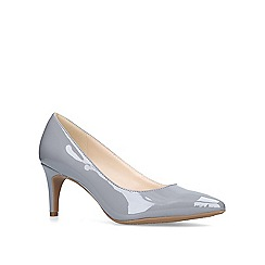 Nine West - Grey 'Erika' mid heel court shoes