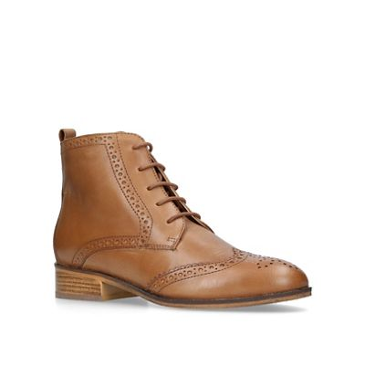Carvela - Toby low heel brogue boots