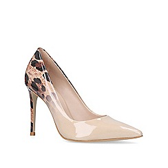 Carvela - Patent 'Alice 2' high heel court shoes