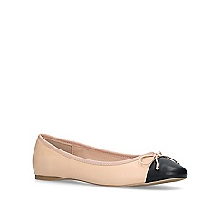 Carvela - Cream 'melody toecap' pumps