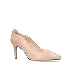 Vince Camuto - Jaynita mid heel court shoes
