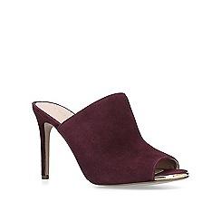 Carvela - Wine 'Graceful' peep toe court shoes