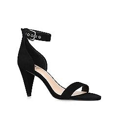 Vince Camuto - Black 'Cashane' open toe sandals