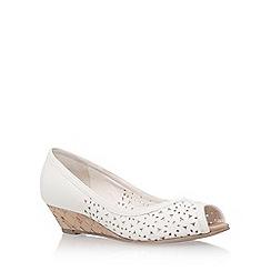 Carvela - White 'Sahara' low heel sandal