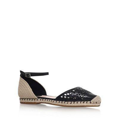 Vince Camuto - Black 'Sandina' flat sandals