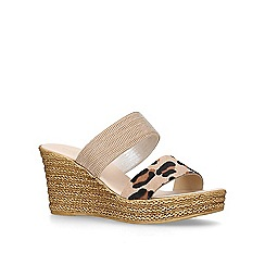 Carvela Comfort - Gold 'Sybil' leather wedges